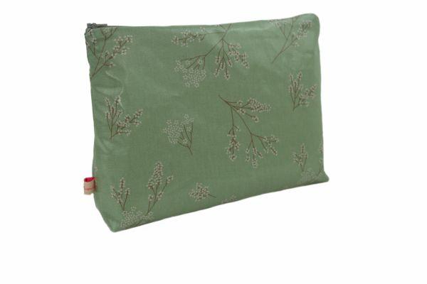 Handgemachte Kulturtasche Wickeltasche Alberte Verte aus beschichteter Baumwolle