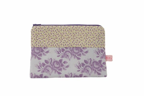 Handgemachte Kulturtasche Kosmetiktasche Sophie Lilac