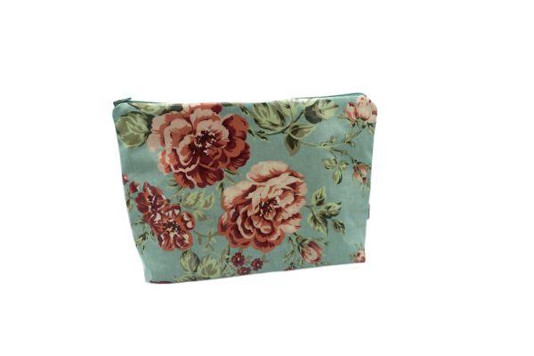 Kulturtasche Wickeltasche Sophia Aqua Sky aus beschichteter Baumwolle