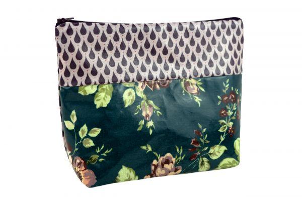 Handgemachte Kulturtasche Wickeltasche Sophia Raindrops Petrol aus beschichteter Baumwolle